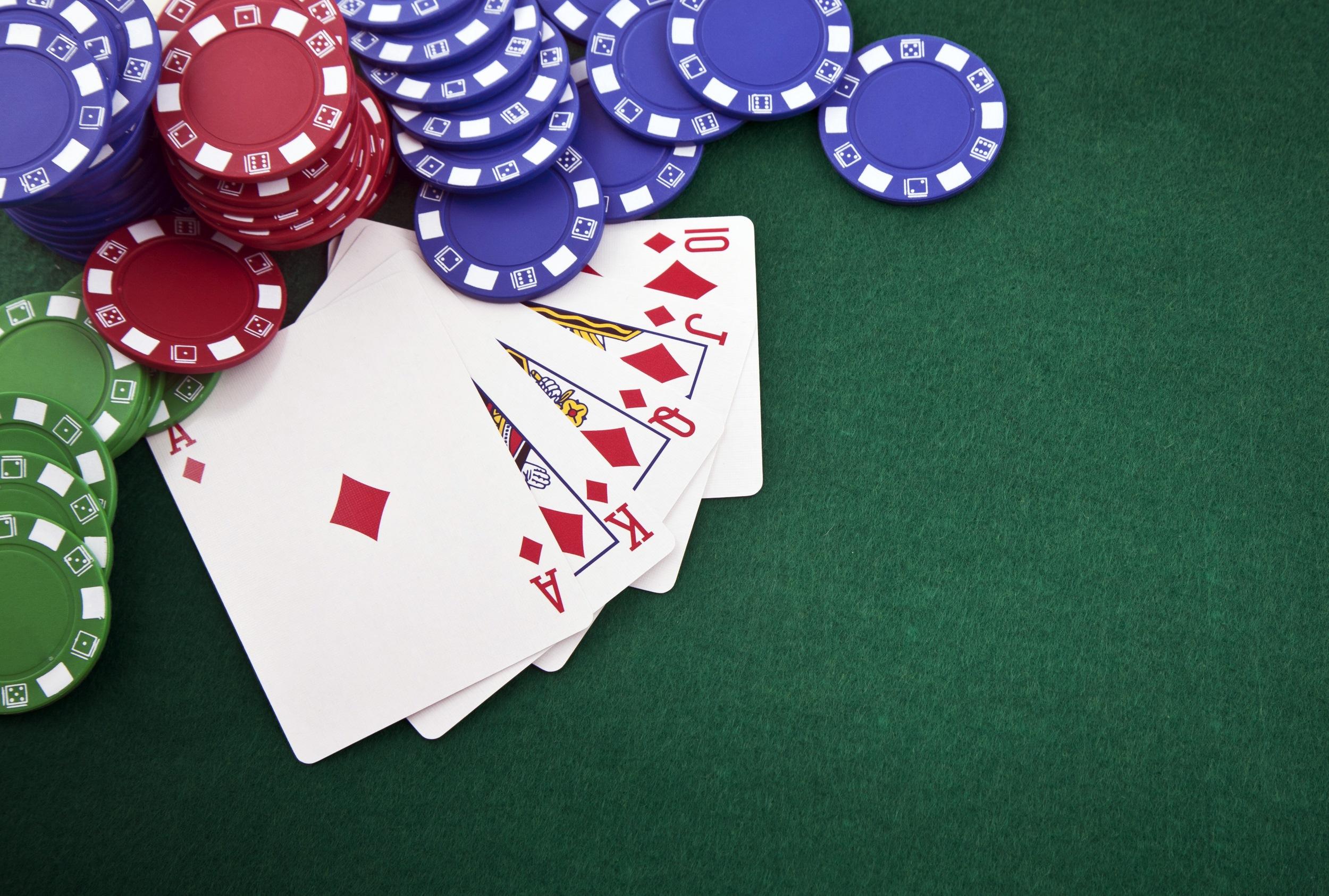 Advantages of Titan Poker Bonus Codes